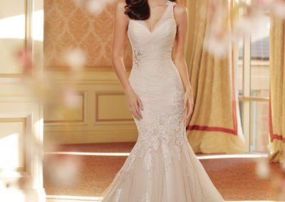 3709, Size-12 – Was $1673, Now $836.50