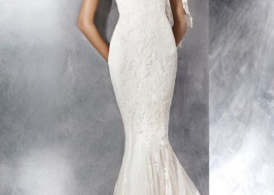 7155 – Size 10, Was $1479, Now $739.50
