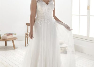 9764, SIZE-26, WAS $1,699, NOW $849.50